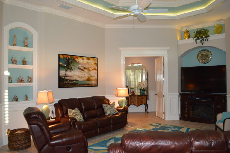 Leather Sofas and Recliner with Marine colors and lighting