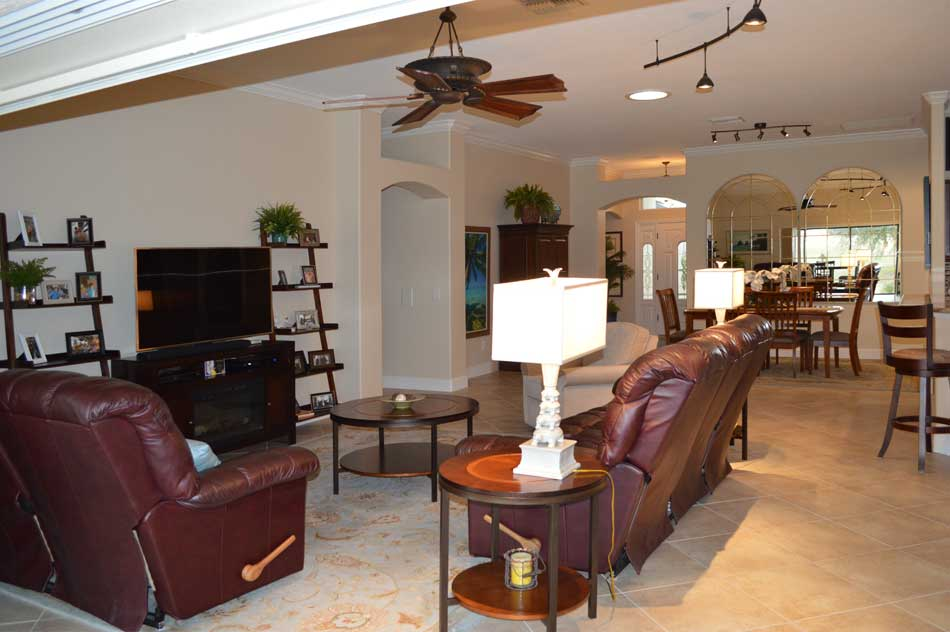 Living-room and Lantana Dining-room