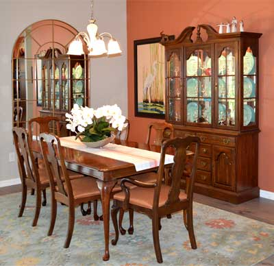 Begonia Dining Room - Home Décor by Ruth Dyer - in the Villages of Florida.