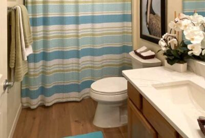 Bathroom with all the basics - Interior Design - Home Décor by Ruth Dyer
