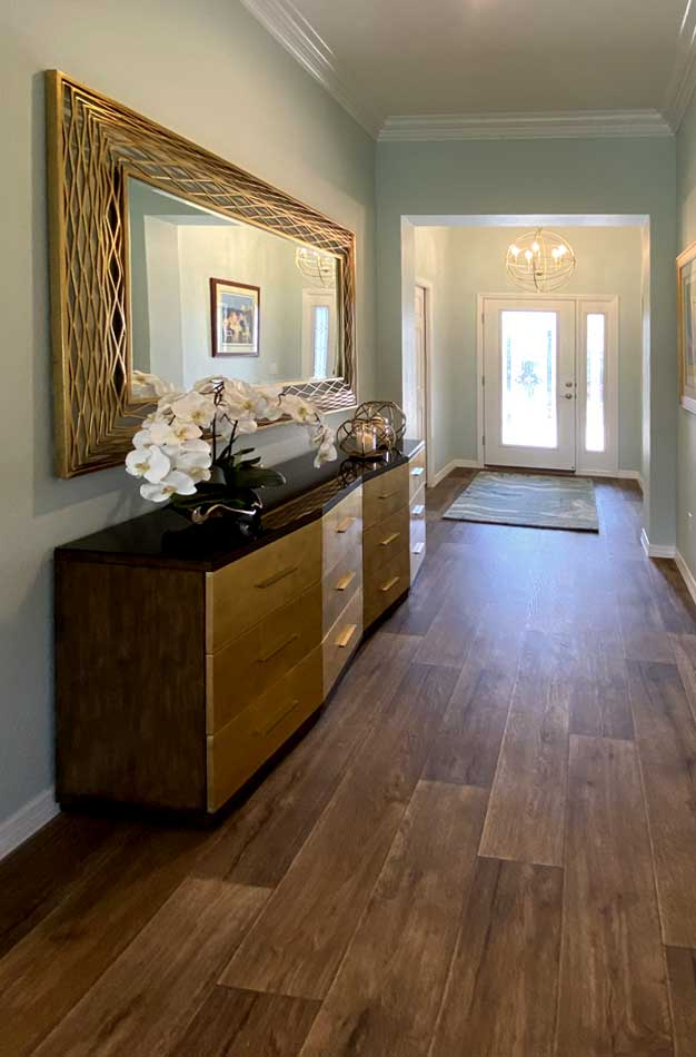 Sequoia Foyer with gold table - Interior Design - in the Villages of Florida.