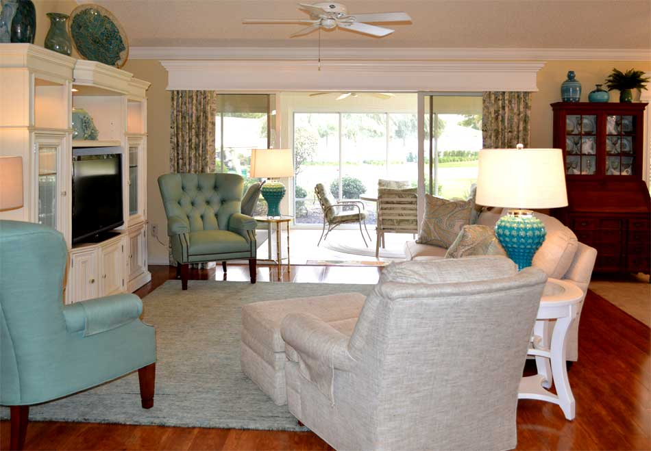Cornice with side panels - Light and Bright - Home Décor by Ruth Dyer - in the Villages of Florida.