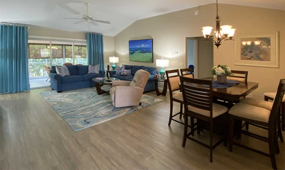 A tighter shot of the after - Home Décor by Ruth Dyer - in the Villages of Florida.