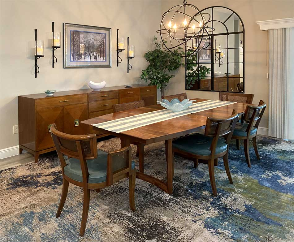 After of the Begonia dining room without the column - Home Décor by Ruth Dyer - in the Villages of Florida.